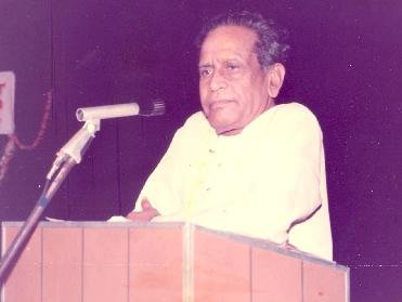 Bhimsen joshi Addressing a Gathering