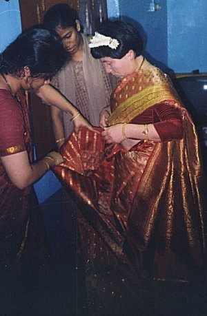 How to Pleat the Indian Drape